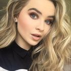 Sabrina Carpenter Foto